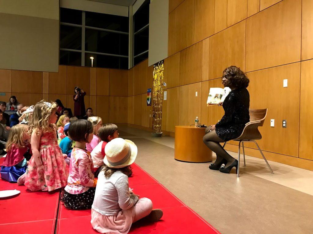 """Miss LaJoy reads """"Sparkle Boy"""" to kids at Sparkle Havdalah celebration"""