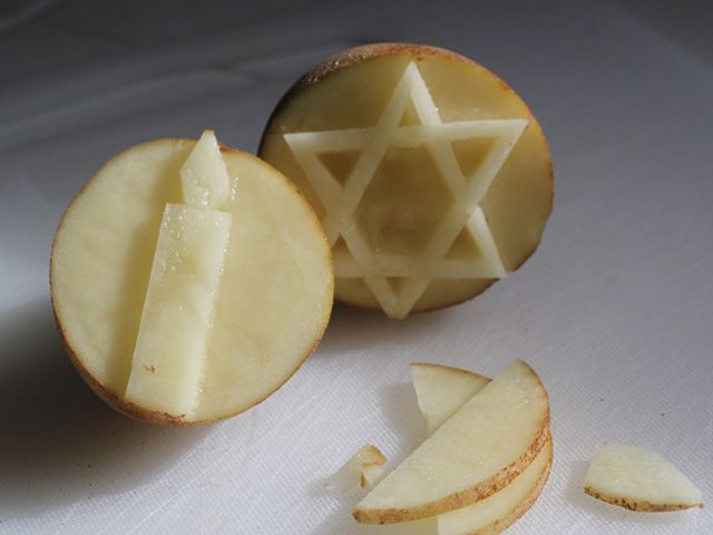 Chanukah Potato Stamps Craft